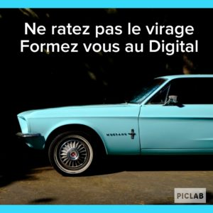 formation digital mustang voiture bleu